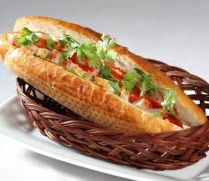 Bánh mì gà
