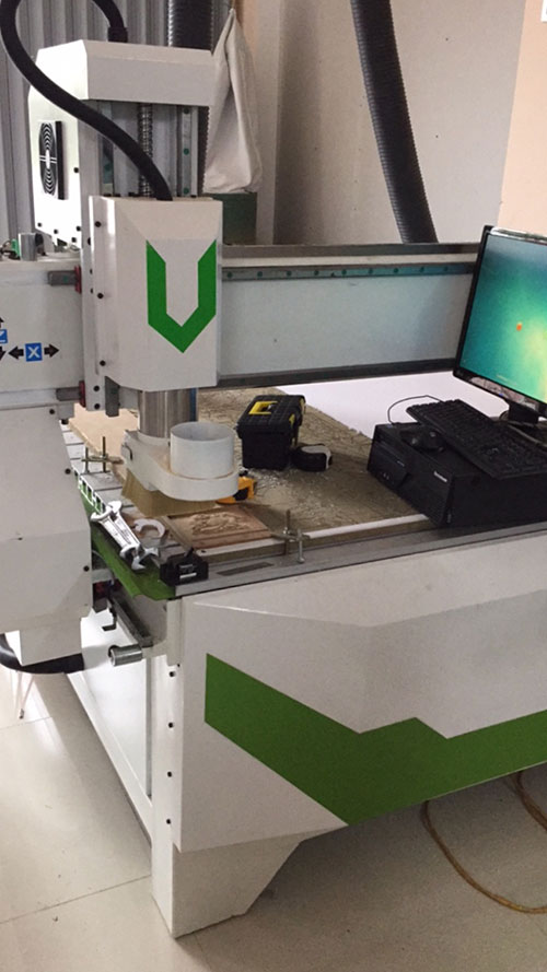 Gia công bằng CNC, laser