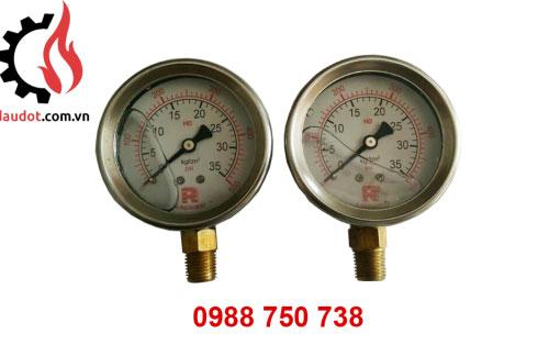 Đồng hồ dầu