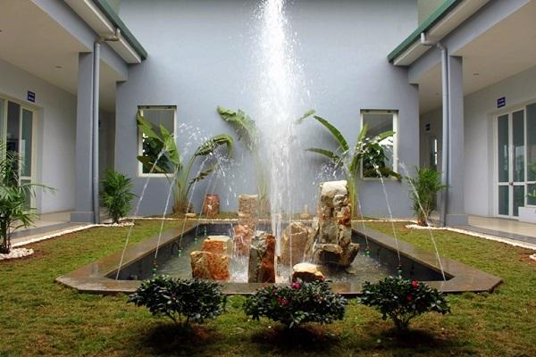 Đài phun nước trong nhà