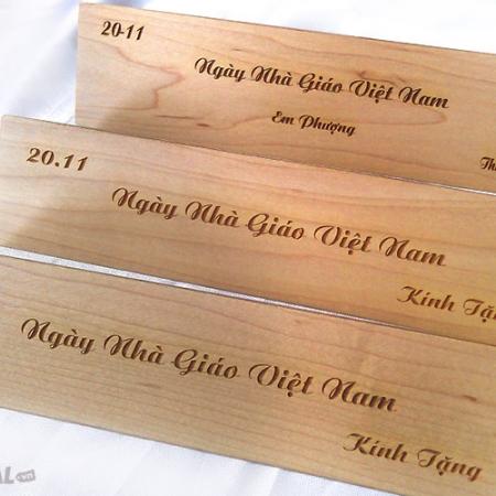 Cắt khắc lên gỗ