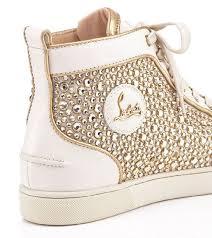 Gia công kết cườm giày