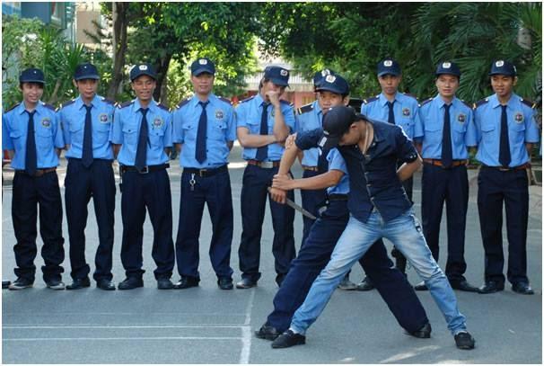 Huấn luyện võ thuật bảo vệ