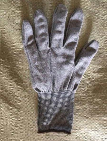Găng tay mút bạc