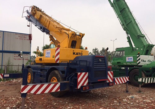 KATO CR 250 (25 tấn)