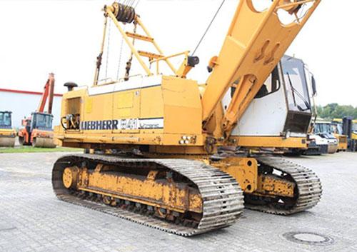 LIEBHERR HS841HD (45 tấn)