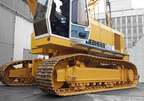 LIEBHERR HS842HD (50 tấn)