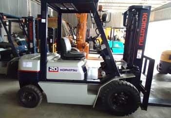 Xe nâng hàng Komatsu