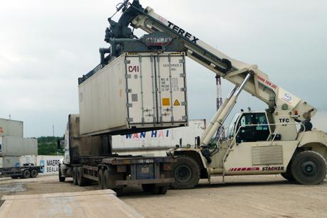 Dịch vụ vận chuyển hàng qua biên giới