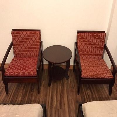 Bàn ghế khách sạn