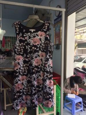 Đầm , váy nữ
