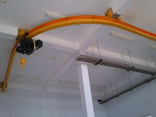 Monorail chữ L