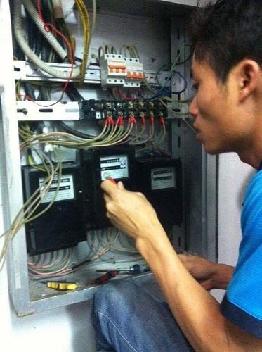 Sửa chữa điện mạch