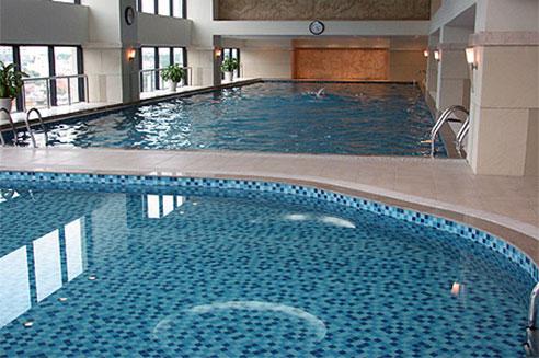 ốp bể bơi