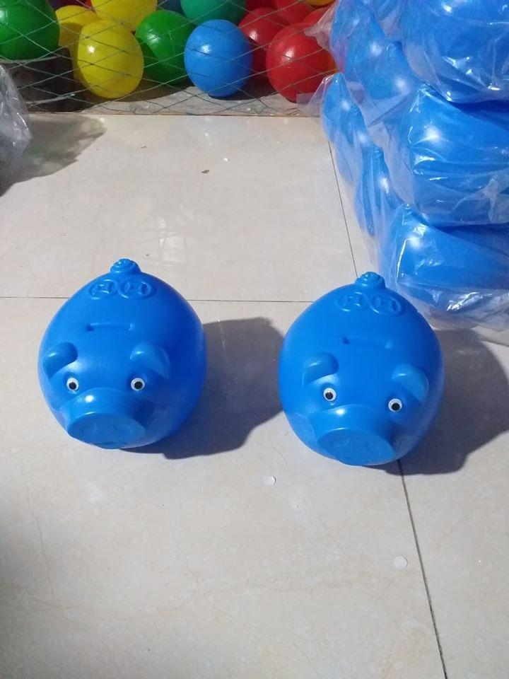 Lợn nhựa đồ chơi