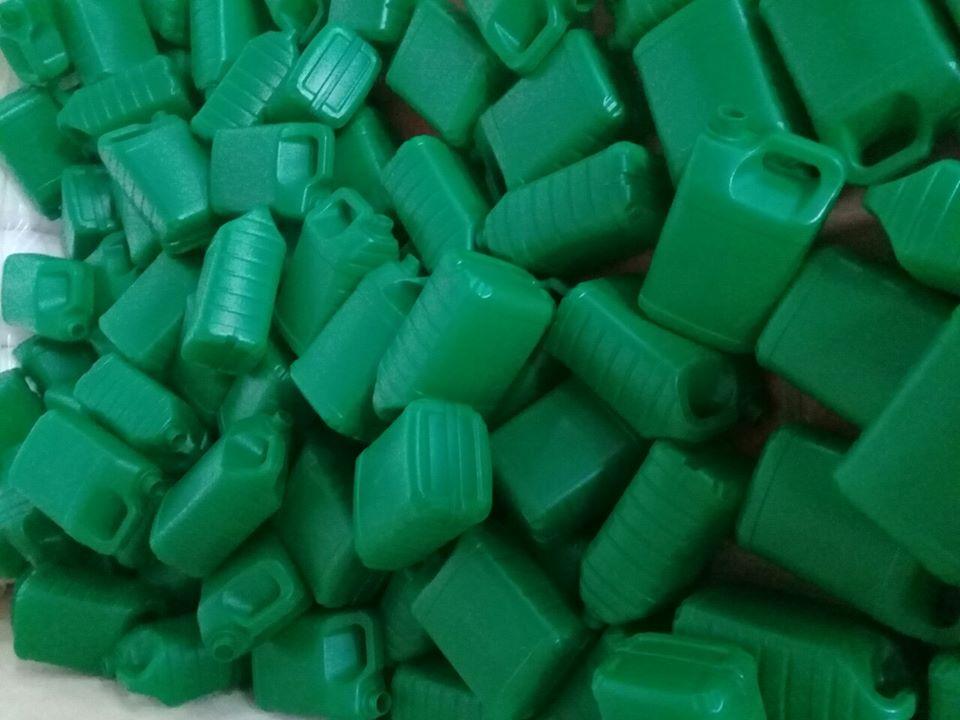 Can nhựa các loại