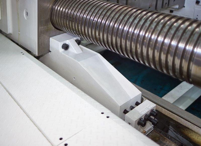 Máy ép nhựa - giải pháp thủy lực