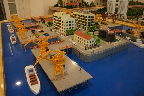 Mô hình sa bàn cầu cảng