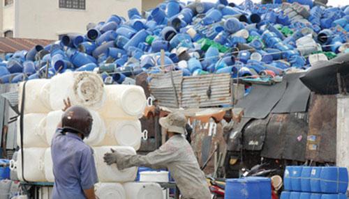 Thu mua phế liệu can nhựa