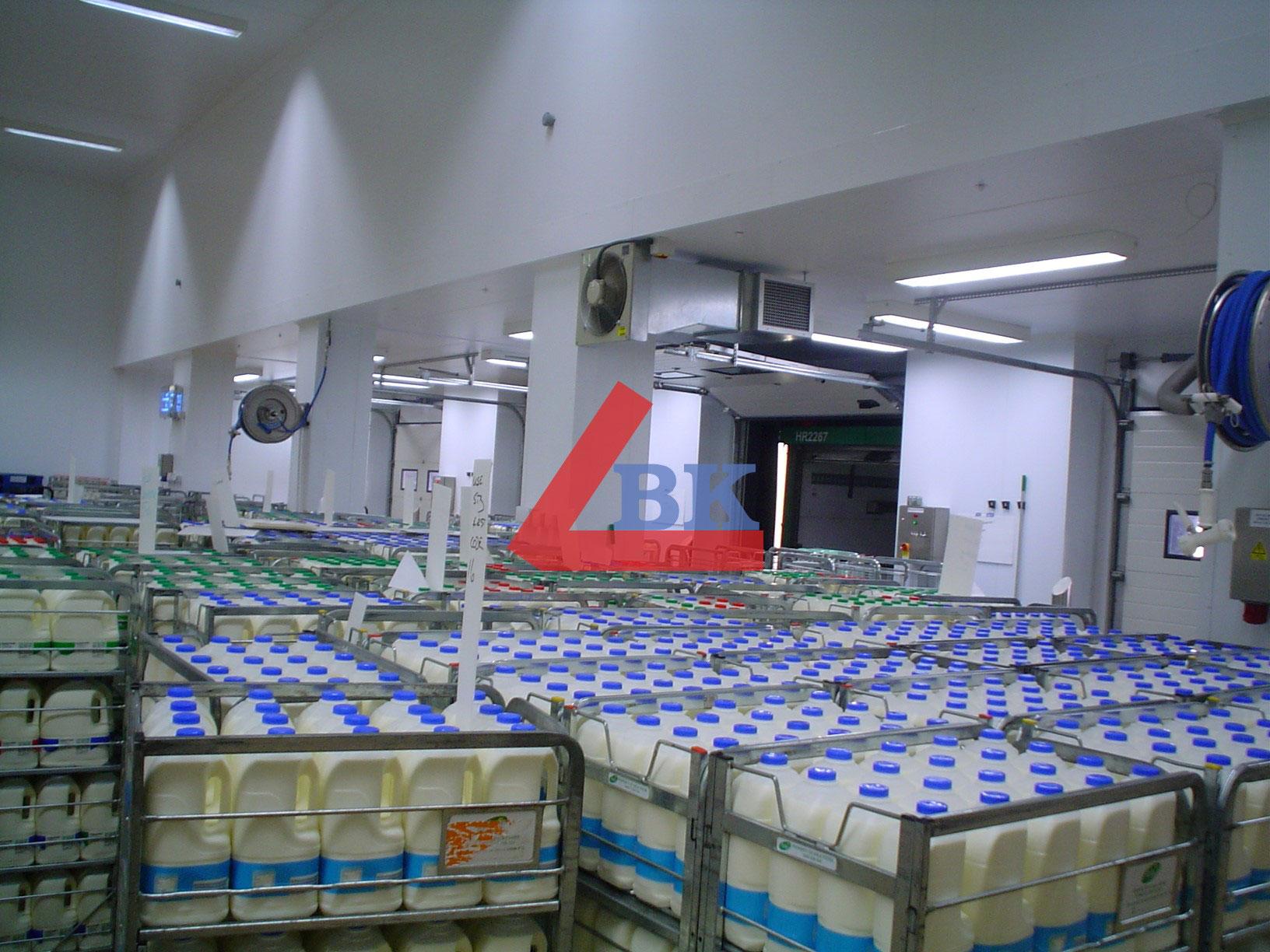 Lắp đặt kho lạnh bảo quản sữa