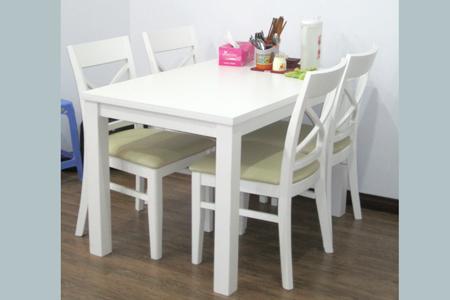 Mẫu bàn ăn