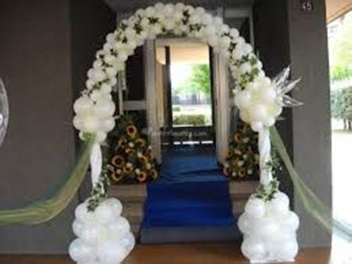 Bóng bay trang trí tiệc cưới