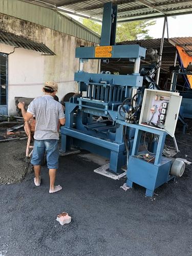 Xưởng sản xuất gạch