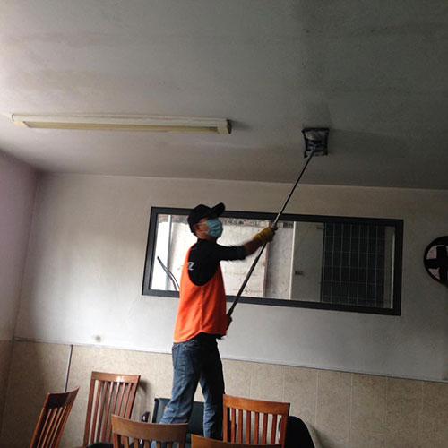 Dịch vụ vệ sinh trần nhà