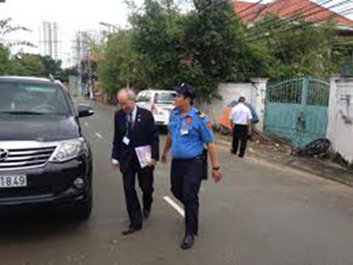 Dịch vụ bảo vệ hộ tống