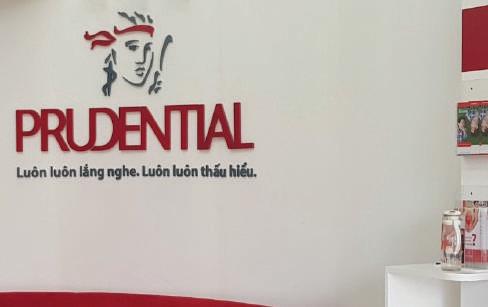 Thi công biển quảng cáo Prudential