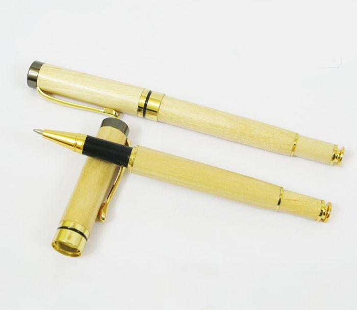 Bút gỗ nắp