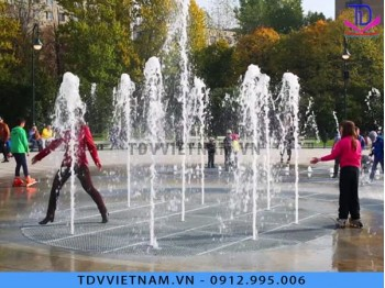 Đài phun nước âm sàn cho phố đi bộ