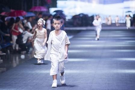Tổ chức sự kiện thời trang