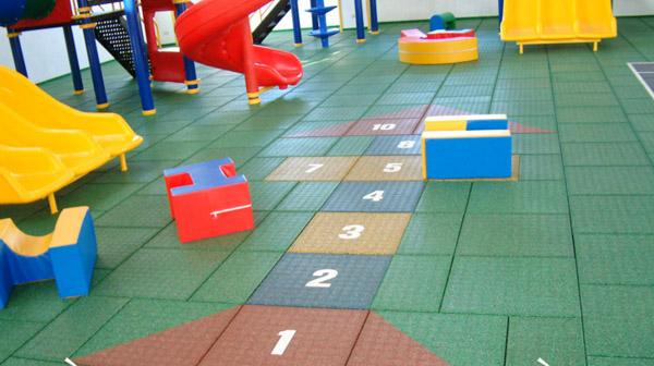 Thảm sàn sân chơi