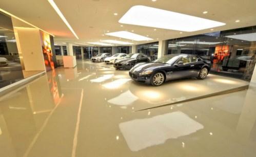 Showroom xe hơi
