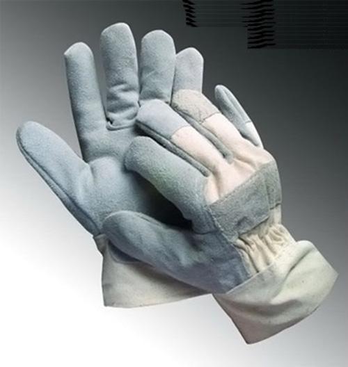 Găng tay bạt
