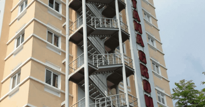 Cầu thang thoát hiểm