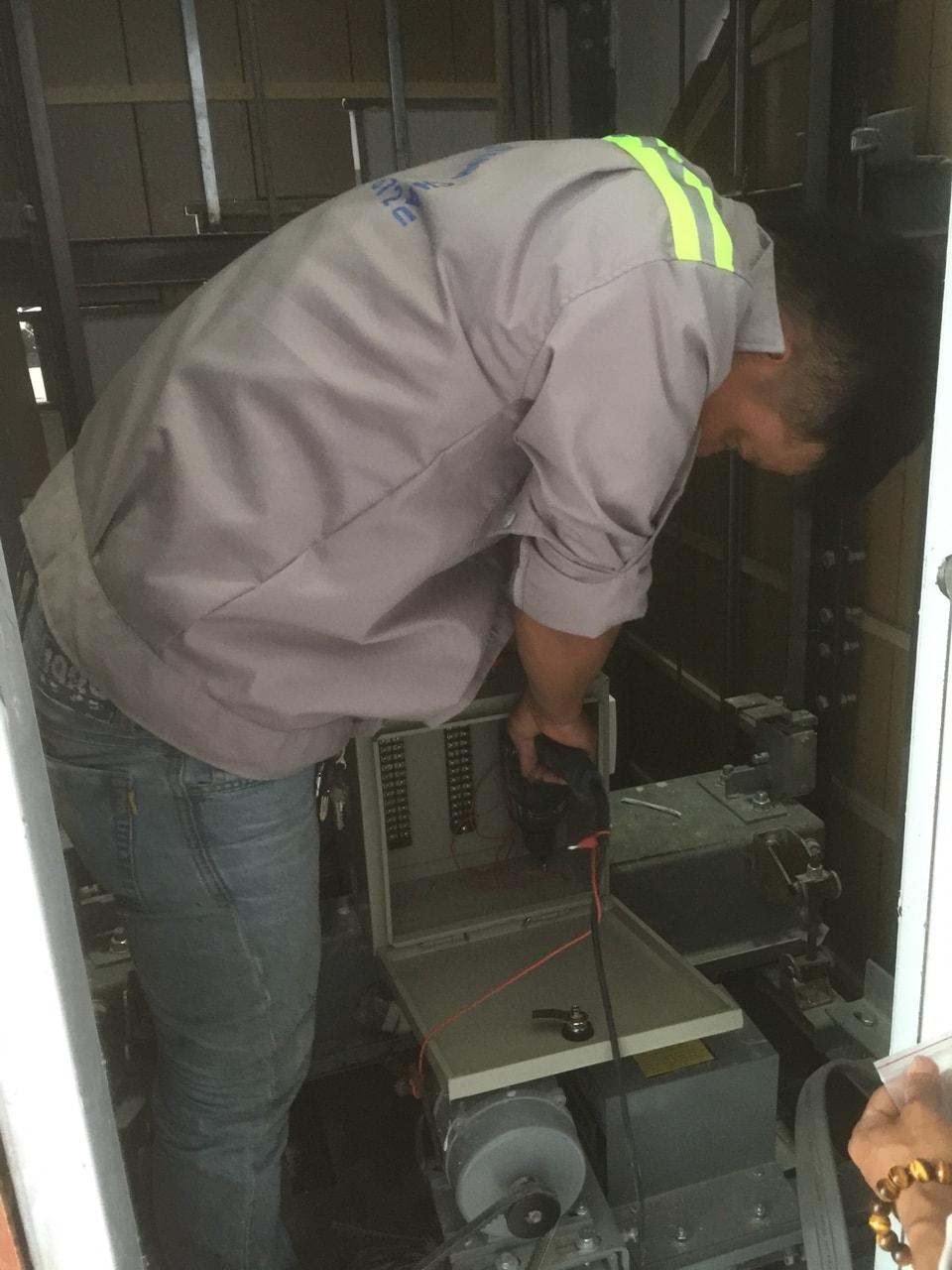 Bảo trì thang máy nhanh