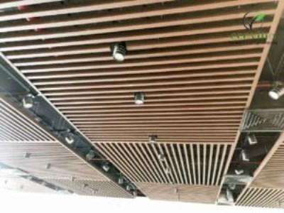 Ốp trần nan gỗ nhựa