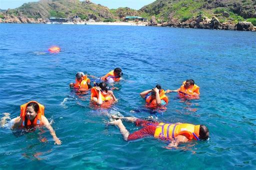 Tour tắm biển