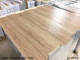Sàn nhựa vân gỗ EDGE
