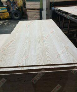 Veneer gỗ tần bì