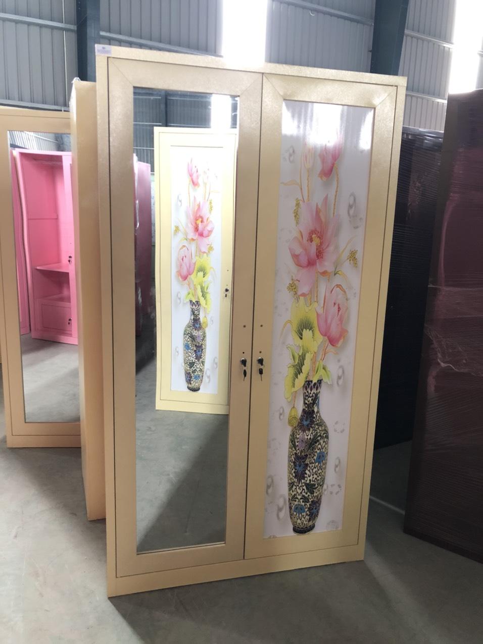 Tủ sắt quần áo