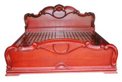 Khung giường gỗ