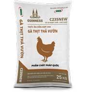 Thức ăn cho gà thịt thả vườn