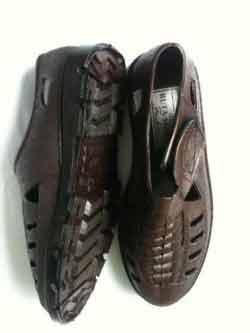 Giày nhựa bảo hộ