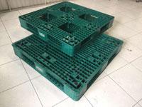 Pallet nhựa xanh 1100x1100x150