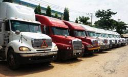 Vận tải container đường bộ