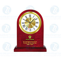 Đồng hồ để bàn gỗ