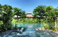Hồ Bơi Fusion Maia Resort